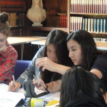 http://www.cambridgedream.com/wp-content/uploads/2015/03/Archaeology-Lecture13.jpg