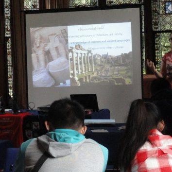 http://www.cambridgedream.com/wp-content/uploads/2015/03/Archaeology-Lecture5.jpg