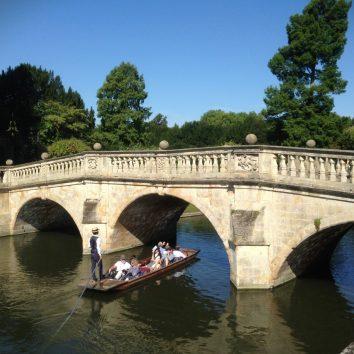 http://www.cambridgedream.com/wp-content/uploads/2015/03/Cambridge-Punting1.jpg
