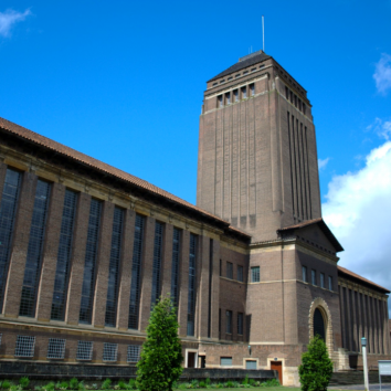 http://www.cambridgedream.com/wp-content/uploads/2015/03/Cambridge-University-Library-2.png