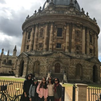 https://www.cambridgedream.com/wp-content/uploads/2015/03/Cultural-and-Social-Activities-Oxford-Visit-2.jpg
