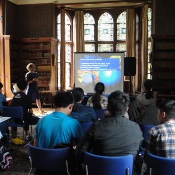 https://www.cambridgedream.com/wp-content/uploads/2015/03/Dr.-Helen-Scales-Lecture-1.jpg