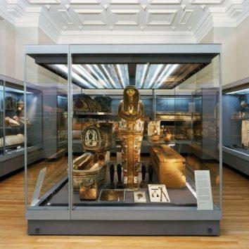 http://www.cambridgedream.com/wp-content/uploads/2015/03/Fitzwilliam-Museum-Cambridge1.jpg