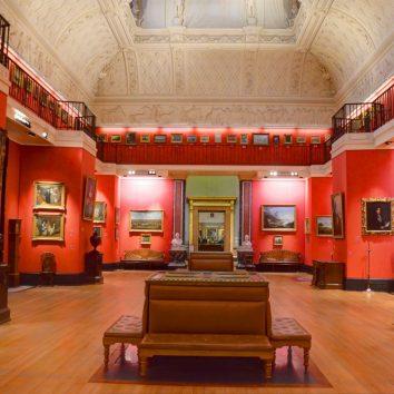 http://www.cambridgedream.com/wp-content/uploads/2015/03/Fitzwilliam-Museum-Cambridge3.jpg