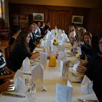 http://www.cambridgedream.com/wp-content/uploads/2015/03/Formal-Dinner3.jpg