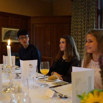 http://www.cambridgedream.com/wp-content/uploads/2015/03/Formal-Dinner4.jpg