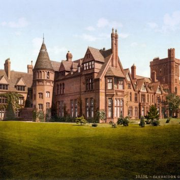 http://www.cambridgedream.com/wp-content/uploads/2015/03/Girton-College-1890s-1.jpg