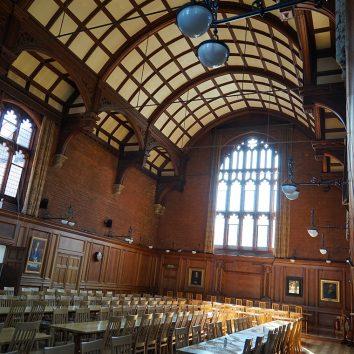 http://www.cambridgedream.com/wp-content/uploads/2015/03/Girton-Great-Hall1-2.jpg