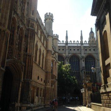 https://www.cambridgedream.com/wp-content/uploads/2015/03/Kings-College-Chapel-Cambridge1-1.jpg
