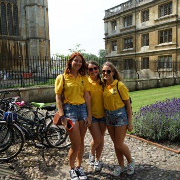 https://www.cambridgedream.com/wp-content/uploads/2015/03/Kings-College-Chapel-Cambridge3-1.jpg