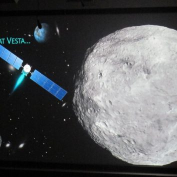 http://www.cambridgedream.com/wp-content/uploads/2015/03/Lectures-Astronomy-Lecture-06.jpg