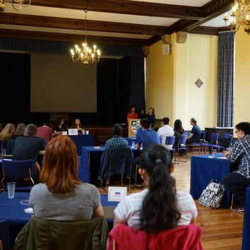 https://www.cambridgedream.com/wp-content/uploads/2015/03/MUN-Debating-Workshop8.jpg