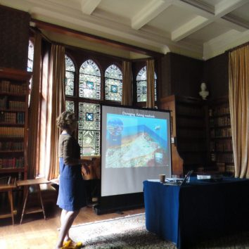 https://www.cambridgedream.com/wp-content/uploads/2015/03/Marine-Biology-Lecture2.jpg