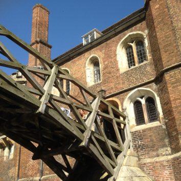 http://www.cambridgedream.com/wp-content/uploads/2015/03/Mathematical-Bridge-Queens-College-Cambridge-1.jpg
