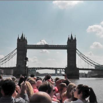 http://www.cambridgedream.com/wp-content/uploads/2015/03/River-Cruise.png