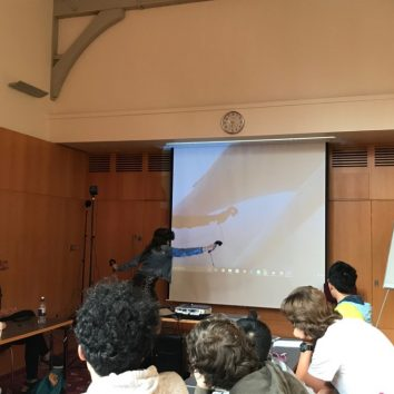 http://www.cambridgedream.com/wp-content/uploads/2015/03/STEM-Nano-Manufacturing-and-Virtual-Reality-Workshop-4.jpg