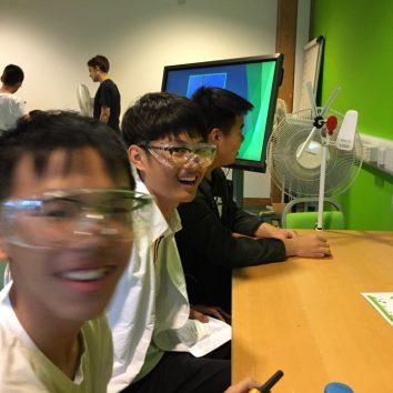 http://www.cambridgedream.com/wp-content/uploads/2015/03/STEM-Sustainable-Energy-Centre-6.jpg