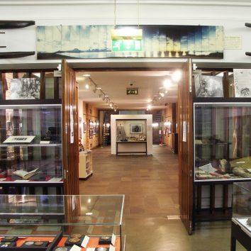 http://www.cambridgedream.com/wp-content/uploads/2015/03/Scott-Polar-Research-Institute-and-Museum-Cambridge2.jpg