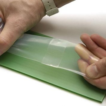 http://www.cambridgedream.com/wp-content/uploads/2015/03/Smart-Materials-Self-healing-Polymer.jpg
