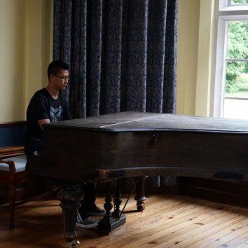 https://www.cambridgedream.com/wp-content/uploads/2015/03/Talent-Show6.jpg